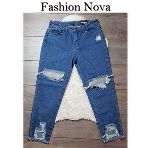 Fashion Nova Distressed Jeans NWT Size 7